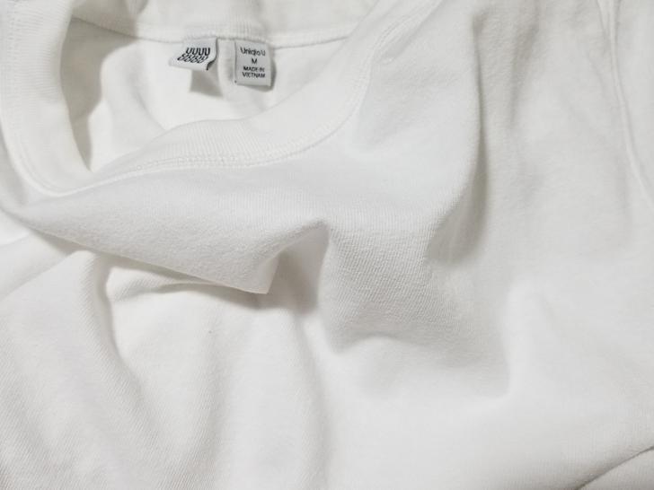 Uniqlo UのクルーネックTシャツの生地