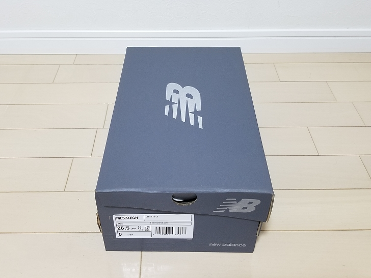 ML574EGNの箱
